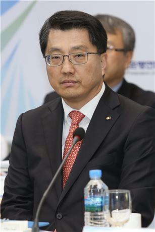 진웅섭 금감원장의 파격인사 '숨은 1인치'