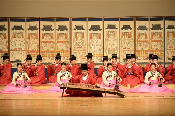 이화여대 한국음악과, 인도서 韓 음악 전파…한국무속학회 국제학술대회 참가