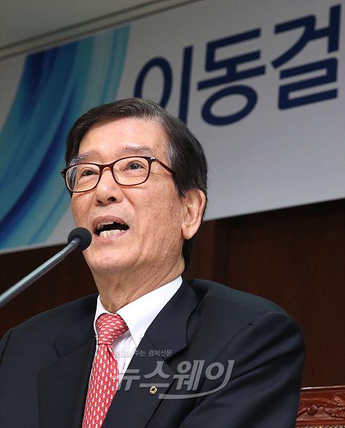 """이동걸 산은 회장 """"대우조선 문제 방산·LNG운반선 확대로 풀겠다"""""""