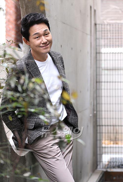 박성웅, 대세배우는 오늘도 달린다