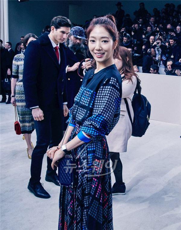 박신혜, 샤넬의 여인 낙점··· 파리도 녹인 한류여신