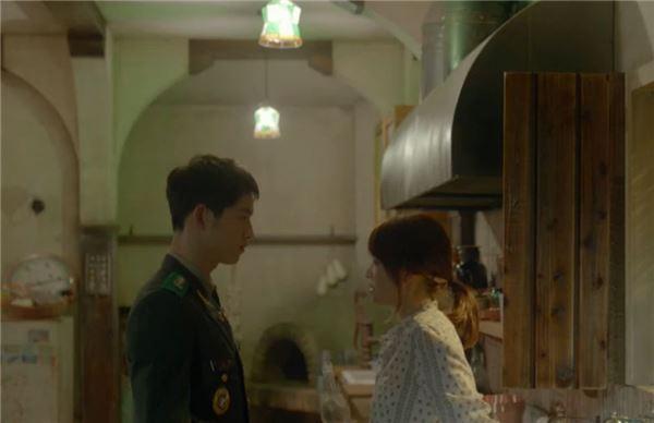 '태양의 후예' 송혜교, 더이상 튕기는건 곤란하지 말입니다