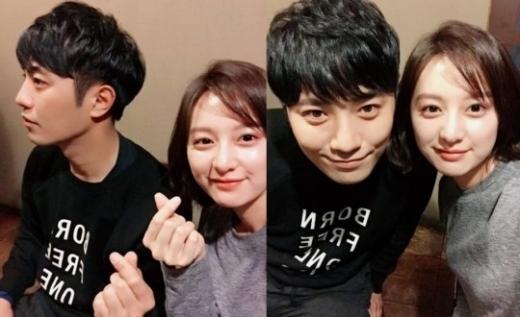 """'태양의 후예' 진구♥김지원 심쿵샷…""""인기 실감하고 싶어서 SNS 시작"""""""