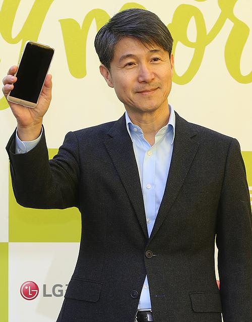 [재계의 선택]G5 파격적 혁신···LG 전체 물들일까