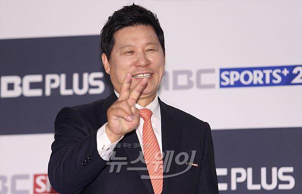 """허구연 """"김현수, 미국 관객석에서 열심히 응원"""""""