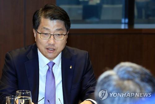 """진웅섭 """"금융사 사이버테러 대응 강화해달라"""""""