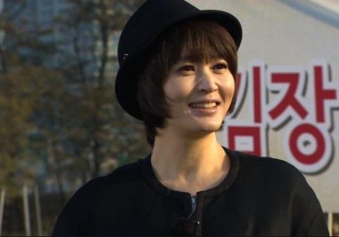 """김혜수 """"나는 홀쭉해져도 된다. 그래봤자다""""… '식사하셨어요' 재치만점"""