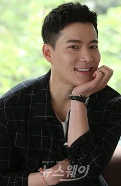 '태양의 후예' 조태관, 연기를 예술로 승화시키고픈 배우
