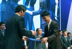 네이버 유봉석 미디어센터장, 제5회 유권자의 날 '국민포장 수상'