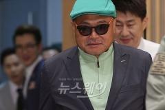 """김흥국, 오늘(25일) 새벽 아내 폭행 혐의 신고?…""""부부싸움 중 일어난 해프닝"""""""