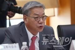 황영기 금투협회장의 올 하반기 숙제 '증권업'