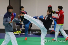 태권전사 금빛 발차기 시동…김소희·김태훈 출격