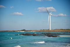 늘어가는 석탄의존도…신재생에너지는 '걸음마'