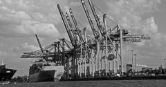 회복불능 수출…파업·갤노트7 악재 빼도 '마이너스'