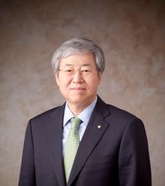 김한 전 JB금융 회장, 5억1000만원 수령