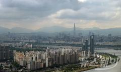 전국 구름 많고 일부지역 산발적 비…미세먼지 '보통'