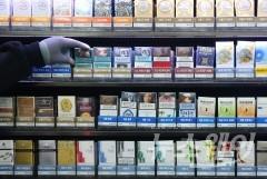 담배 판매량 3개월 연속 감소…흡연 경고그림 영향 있나?