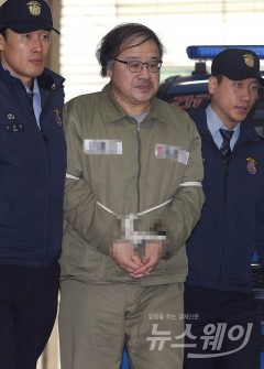 이재용 재판서 '안종범 수첩' 공개…증인신문 5일 재개