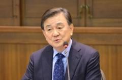 """문재인-홍석현 일주일 전 회동···""""외교 안보 인식 확인"""""""