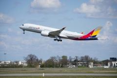 아시아나항공 잇따른 기체 결함…휴일 국제선 3편 출발 지연