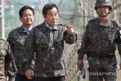 이낙연 총리, 첫 안보행보…육군 1사단 방문