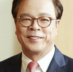 이완재 SKC 사장, 9억6100만원 수령