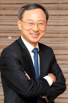 황창규 KT 회장, 2년 연속 다보스 포럼 참석…韓 기업인 최초