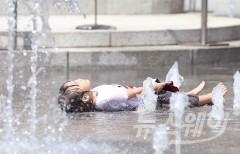 전국 30도 안팎 '초여름 더위' 기승…미세먼지 농도 '보통'