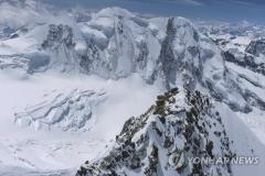 알프스 몽블랑 등반하던 30대 초반 한국인 1명 실종