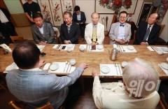 """安 """"마이웨이"""", 동교동계 """"능력의 한계""""…국민의당 내홍 점입가경"""