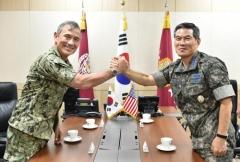 정경두 합참의장, 미국 태평양사령관 면담…방위태세 강화 논의