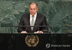 """러시아 외무장관 """"북한에 대한 군사적 과잉 대응은 재앙에 이를 것"""""""
