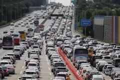 고속도로 통행료 면제로 1600만대 차량 677억원 혜택