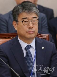 ①가스공사-좀비기업 전락 우려에도 임직원은 '돈 잔치'