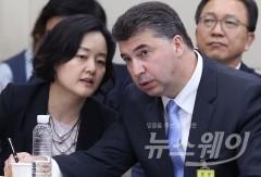 국감서 '동문서답' 전략 선택한 카젬 한국지엠 사장