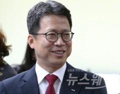 """""""금융권 낙하산 인사 안돼""""…정치권, 손보협회장 선출 제동"""