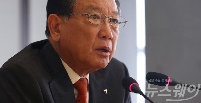 박삼구 전 회장, 작년 아시아나항공 연봉 6억7300만원
