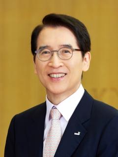 신창재 교보생명 회장, 작년 5억8600만원 수령