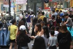 내년 연말정산시 전통시장·대중교통 이용 소득공제율 확대…중고차 구매도 소득공제 가능