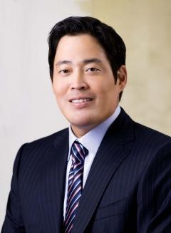 정용진 부회장, 이마트서 상반기 보수 17억3700만원 수령