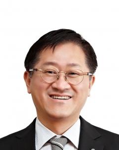 서경배 아모레퍼시픽 회장, 9억9800만원 수령