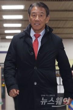 김창근 SK이노 이사회 의장, 퇴직금 등 138억1400만원 수령