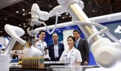박지원 두산중공업 회장 CES 또 간다…디지털 혁신 속도