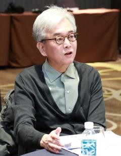 채형석 애경 총괄부회장, AK홀딩스서 7.3억원 수령