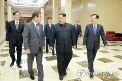 """통일부 """"북한도 특사단 방북 중요하게 생각한다고 본다"""""""