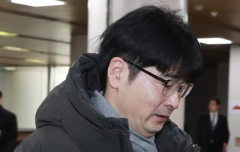 '논란의 중심' 탁현민, 靑 떠난다