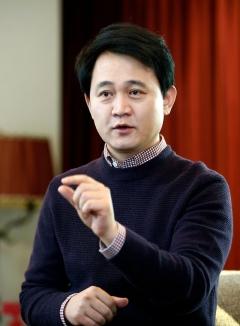 방준혁의 성공신화는 '현재진행형'