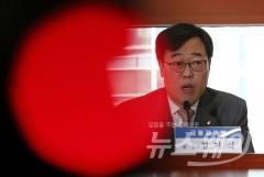 '제2의 김기식' 우려…관료 출신 복귀하나