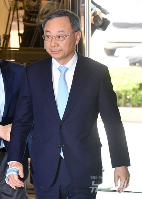 황창규 KT 회장을 위기로 몰아간 불법 정치자금