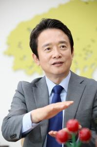 """남경필 경기도지사 """"버스준공영제, 7월 버스운행 축소에 대한 최우선 대안"""""""